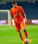 Mehmet Batdal uzattı