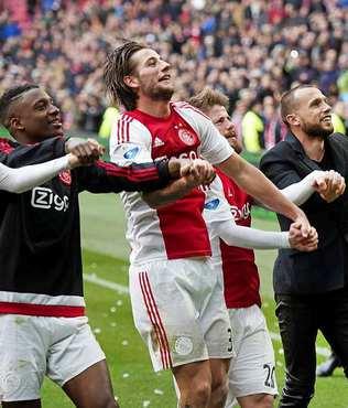 Ajax'tan s�per d�n��