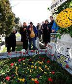 İslam Çupi mezarı başında anıldı