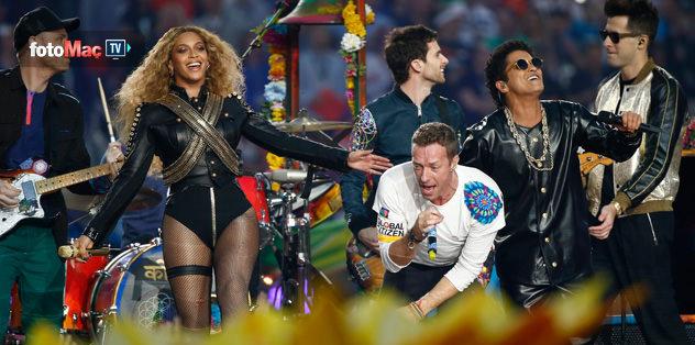 Bruno Mars ve Beyonce izleyenleri büyüledi