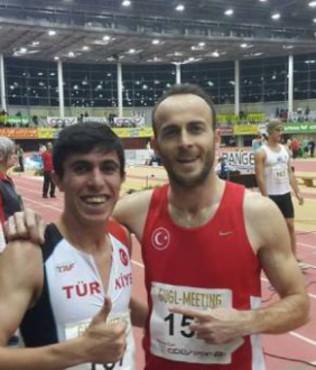 Atletizmde iki T�rkiye rekoru
