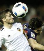 Valencia crush R. Wien in Europa League