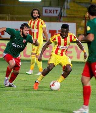 Kar��yaka PTT 1.Lig'e veda etti
