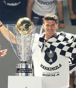 Şampiyonluk kupası Vodafone Arena'da