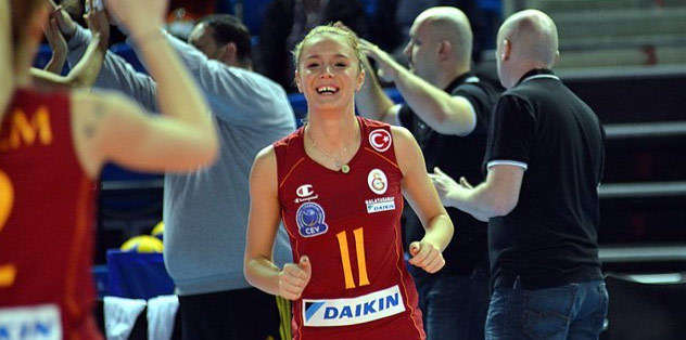 3 y�l daha Galatasaray�da