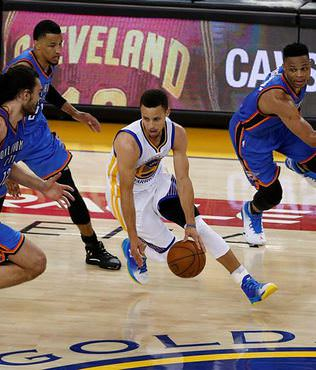 Stephen Curry'den 31 say�