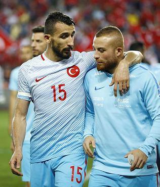 UEFA, T�rkiye i�in b�yle yazd�...