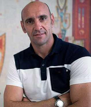 Sevilla, Monchi'yi ikna etti