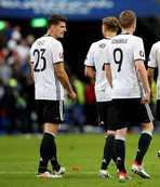 Türkiye'yi ilgilendiren maçta ilk 11'ler