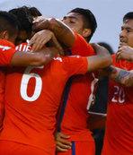 Kolombiya'yı rahat geçtiler