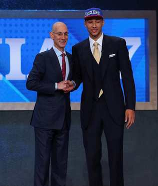 Australia's Simmons heading to 76ers as top pick