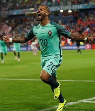 Quaresma att� Portekiz turlad�!