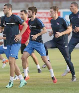 Trabzonspor'da haz�rl�klar s�rd�
