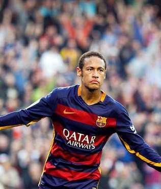 Neymar, s�zle�mesini 5 y�l daha uzatt�