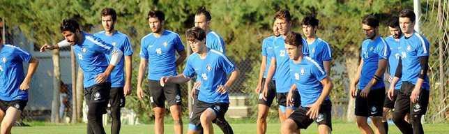 Altay'da 7 futbolcu elendi