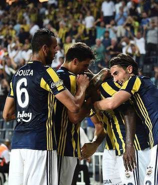 """Monaco'nun cellad� Emenike"""