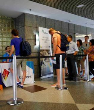 Fans face long Rio queues