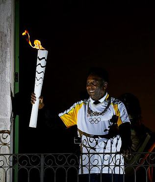 Will Pele light Rio cauldron?