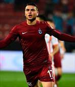 Trabzonlu golcü geliyor