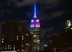 Empire State Binası, Barca'nın renkleriyle aydınlandı