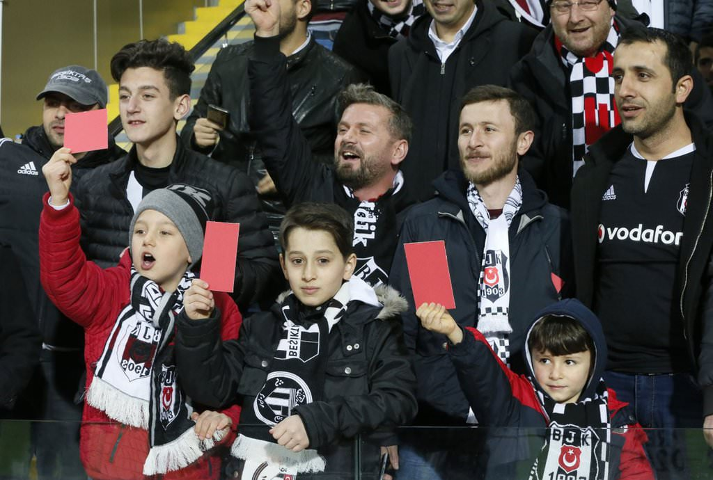 Be�ikta� taraftar�ndan Trabzonspor'a destek