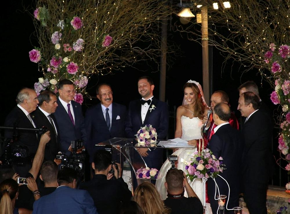 Spor camiası bu düğünde buluştu