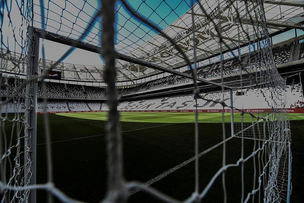 Vodafone Arena aç�ld�