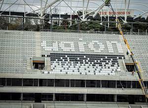 Vodafone Arenada koltuk montajına başlandı