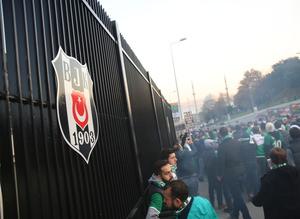 Bursa taraftarı Beşiktaş'a akın etti
