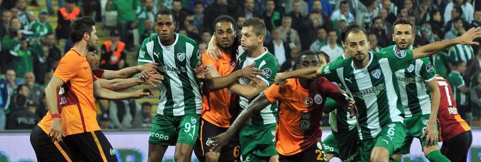 Bursaspor-G.Saray maçında kareler