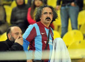 F.Bah�e ma��nda Trabzon bayra��