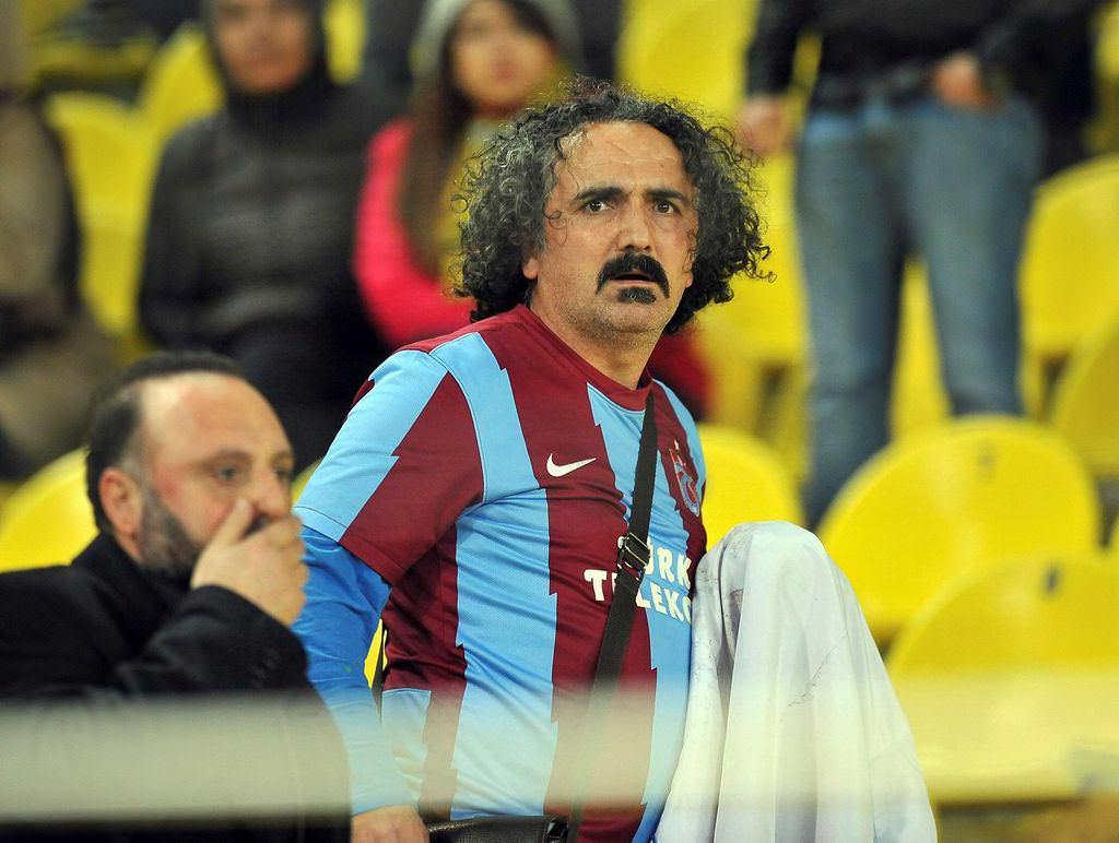 F.Bahçe maç�nda Trabzon bayra��