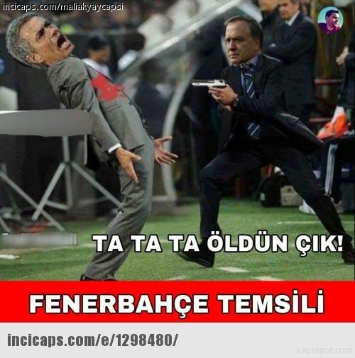 Fenerbahçe - ManU caps'leri