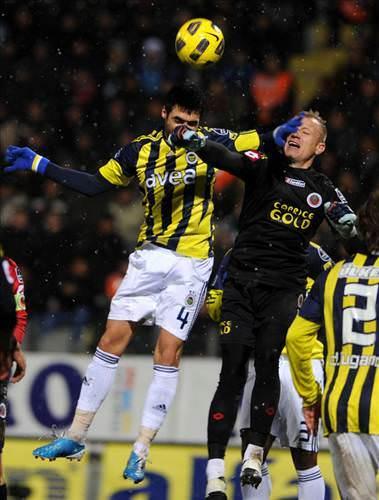 Gençlerbirli�i - Fenerbahçe (Spor Toto Süper Lig 24. hafta mücadelesi)