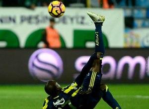 Moussa Sow yine uçtu, capsler patladı!
