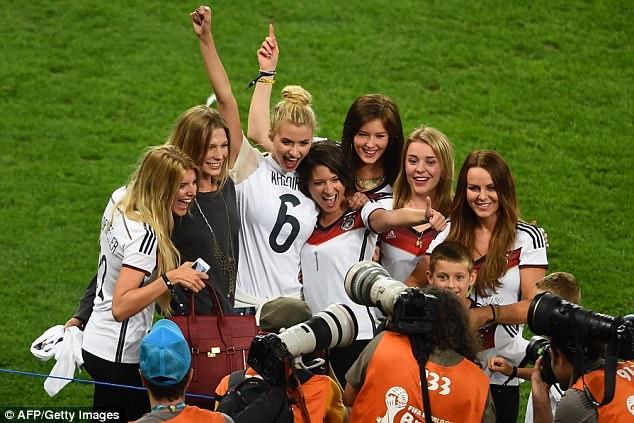 Dünya Kupas�'n� birlikte kutlad�lar
