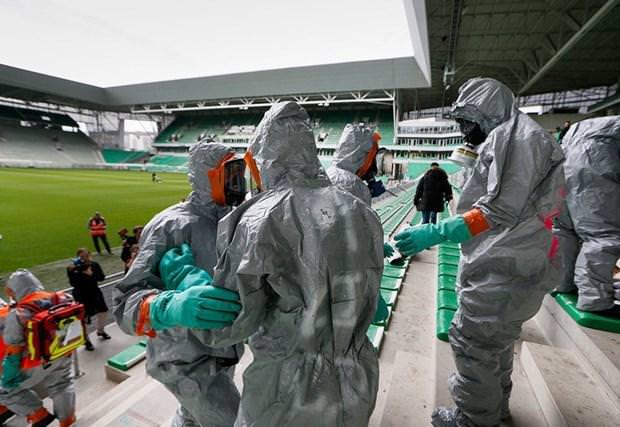 EURO 2016 için terör tatbikat�