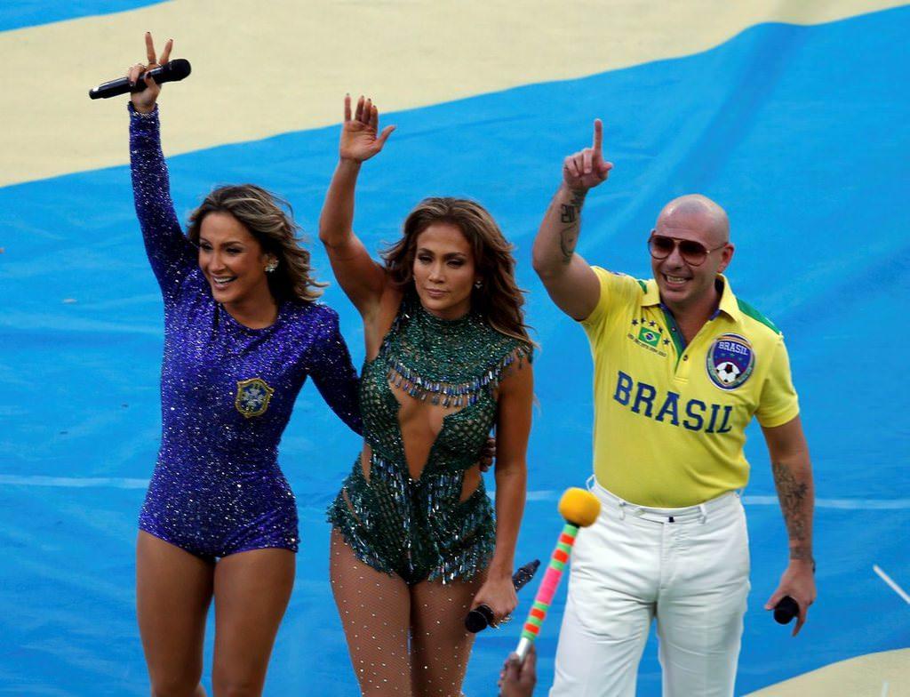 J-Lo ve Pitbull co�turdu