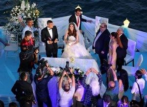 Burak Y�lmaz evlendi