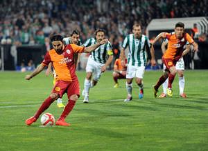 Galatasaray farka ko�tu Twitter salland�!
