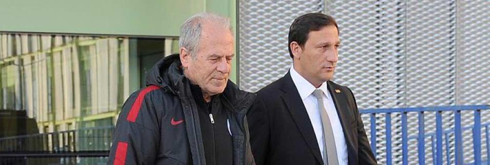 Galatasaray'ı İzmir'de sadece 2 kişi karşıladı!