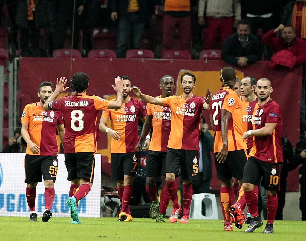 G.Saray-Benfica maç�ndan kareler