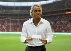 Sneijder'den Mancini'ye sürpriz not