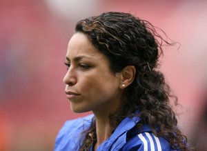 Chelsea'nin g�zel y�z� Eva Carneiro