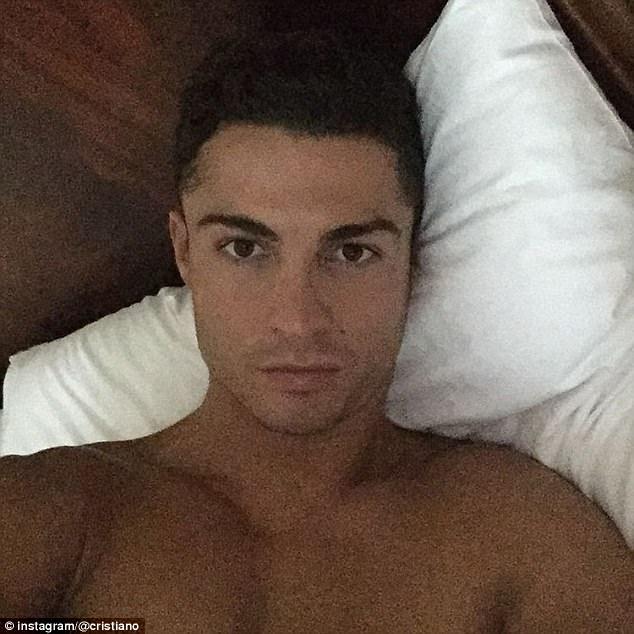 Ronaldo: Bir 'selfie' ç�lg�n�...