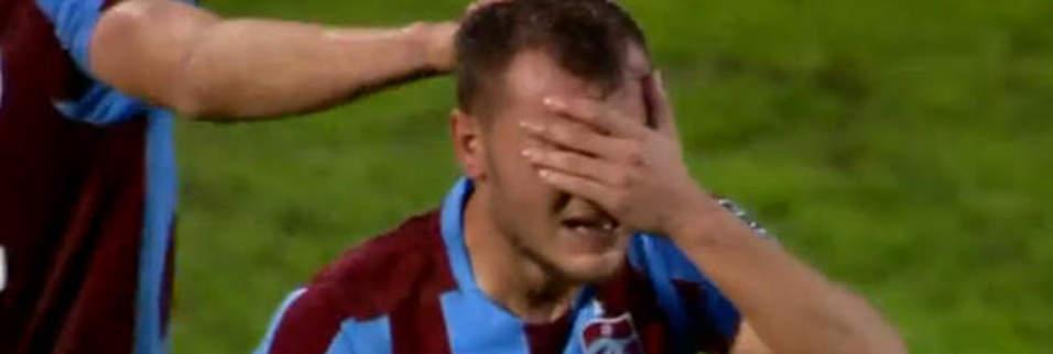 Yusuf Erdoğan'ın gözyaşları