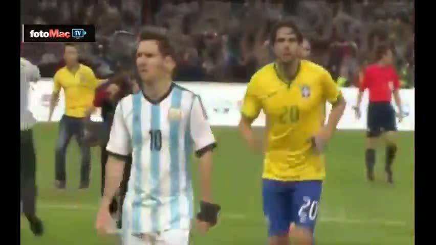 Messi'den Kaka'ya veto