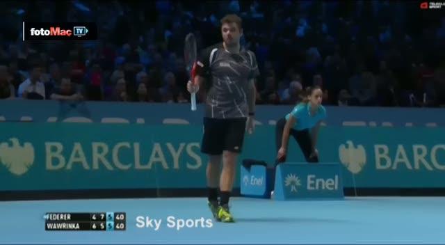 Wawrinka'dan Federer'in e�ine tepki