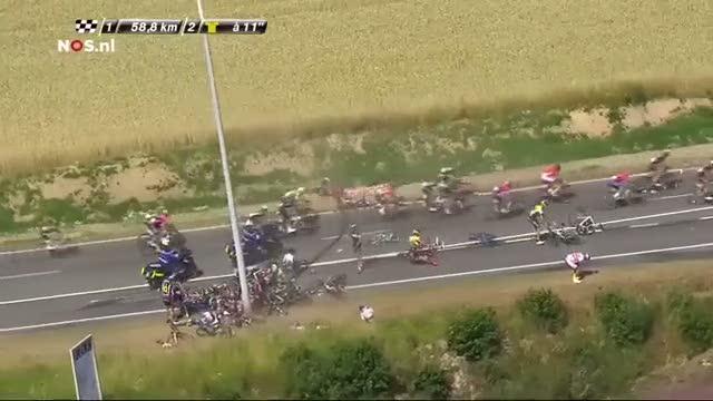 Tour de France'da feci kaza! 16 yaral�