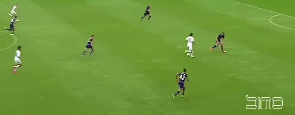 Gareth Bale eski takımını üzdü